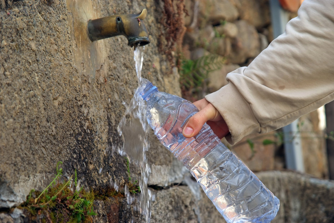 """Class action lawsuit calls Nestle's Poland Spring bottled water """"a"""